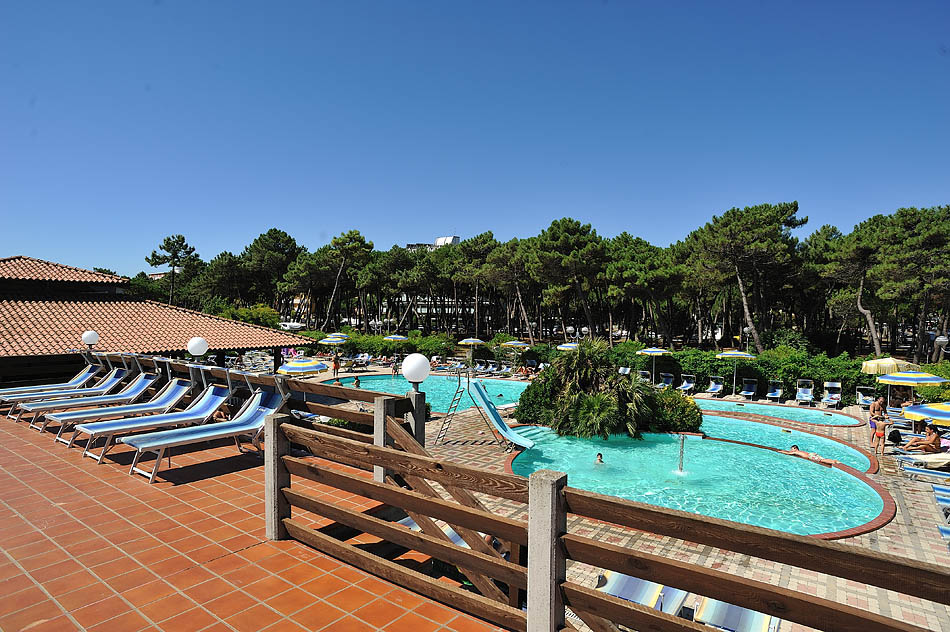 Hotel adria 3 images frompo for Boutique hotel milano marittima