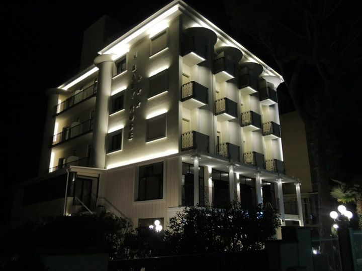 Hotel 3 stelle milano milano alberghi share the knownledge for Hotel mistral milano